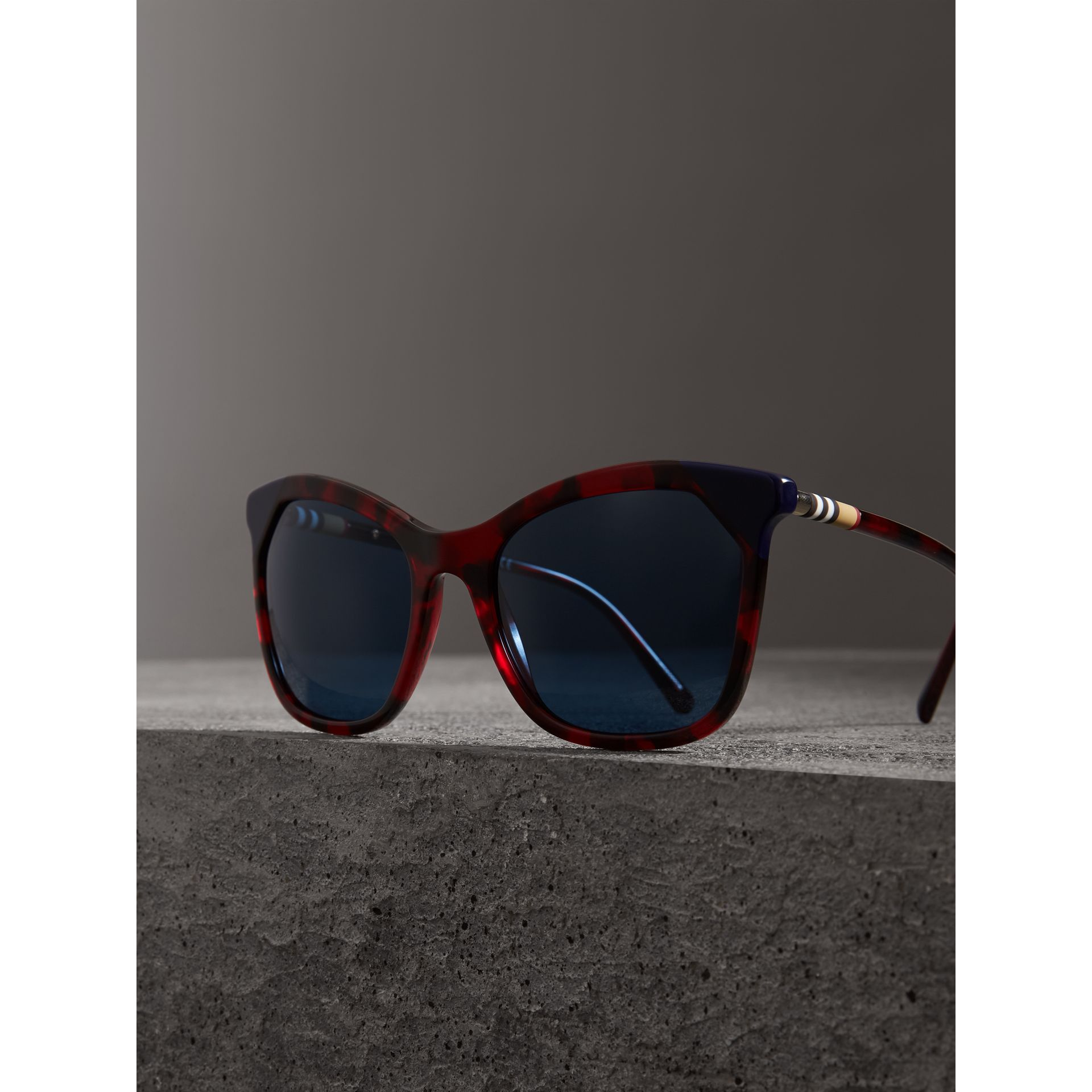 Tortoiseshell Square Frame Sunglasses in Red - Women | Burberry Australia - gallery image 3