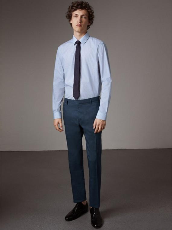 Modern Fit Striped Fil Coupé Cotton Poplin Shirt in Mid Blue