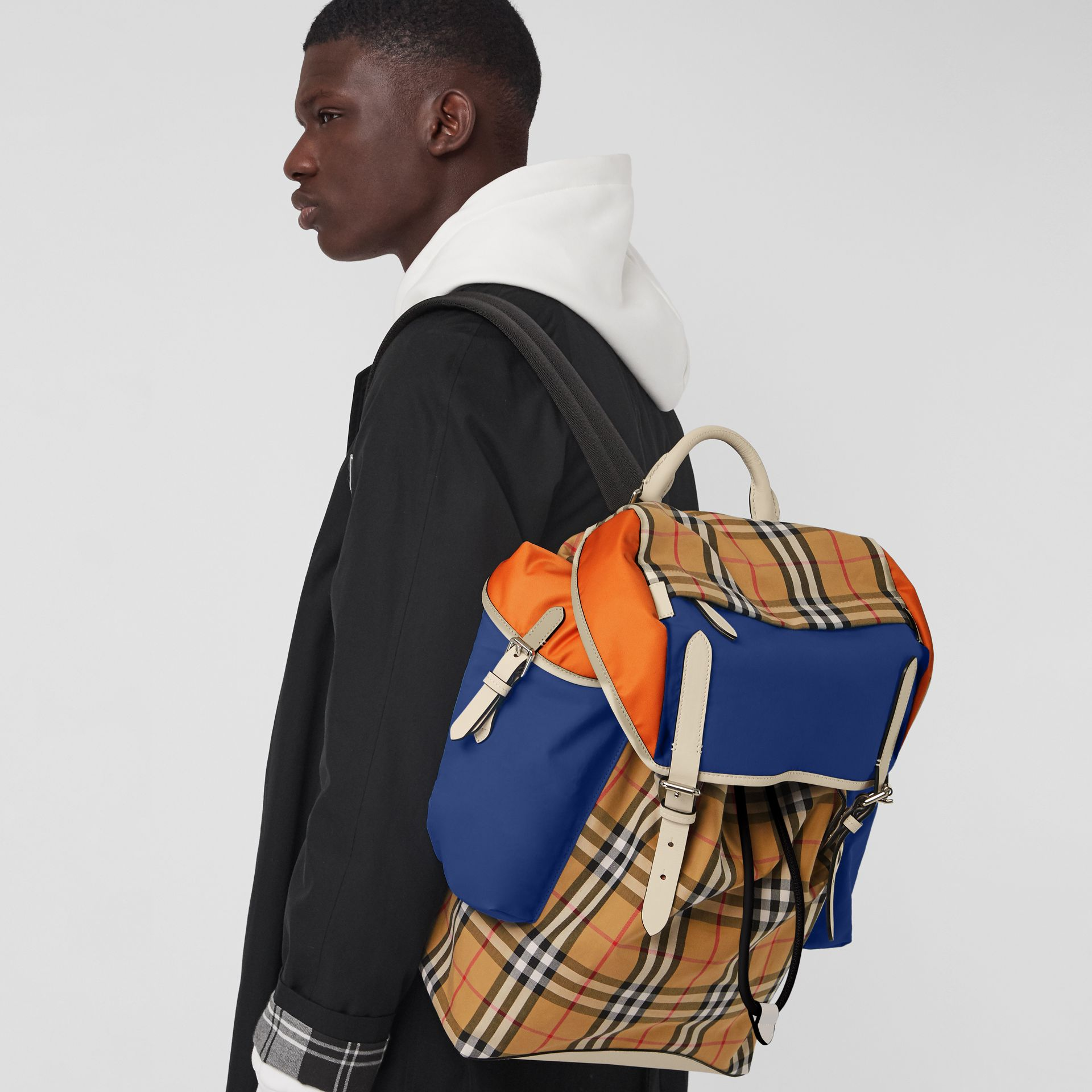 Colour Block Vintage Check and Leather Backpack in Cerulean Blue - Men | Burberry Australia - gallery image 3
