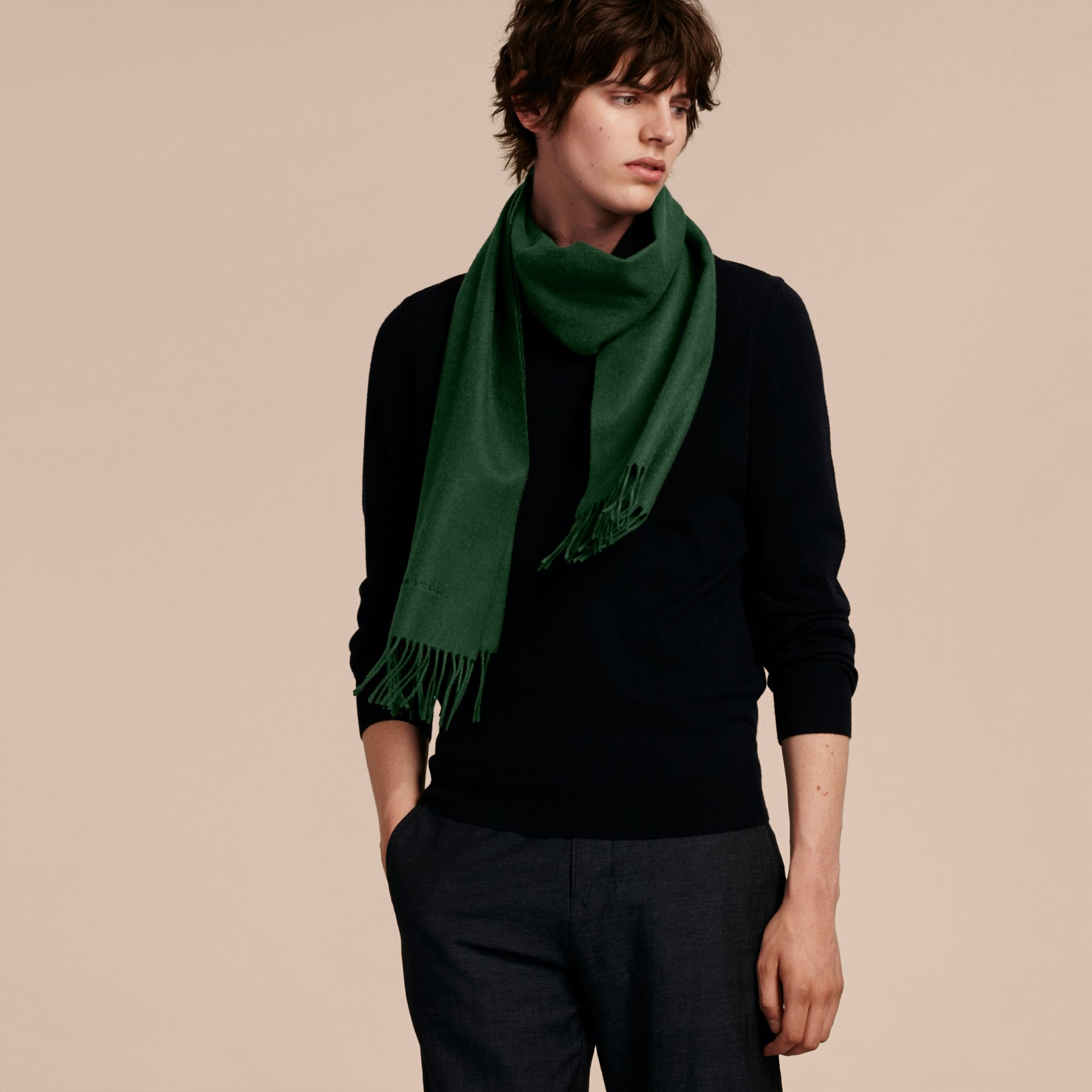 The Classic Cashmere Scarf in Dark Forest Green | Burberry - gallery image 4