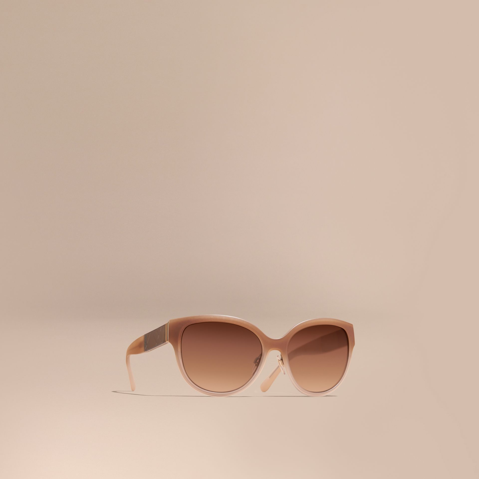 Check Detail Round Cat-eye Sunglasses Chino Grey - gallery image 1