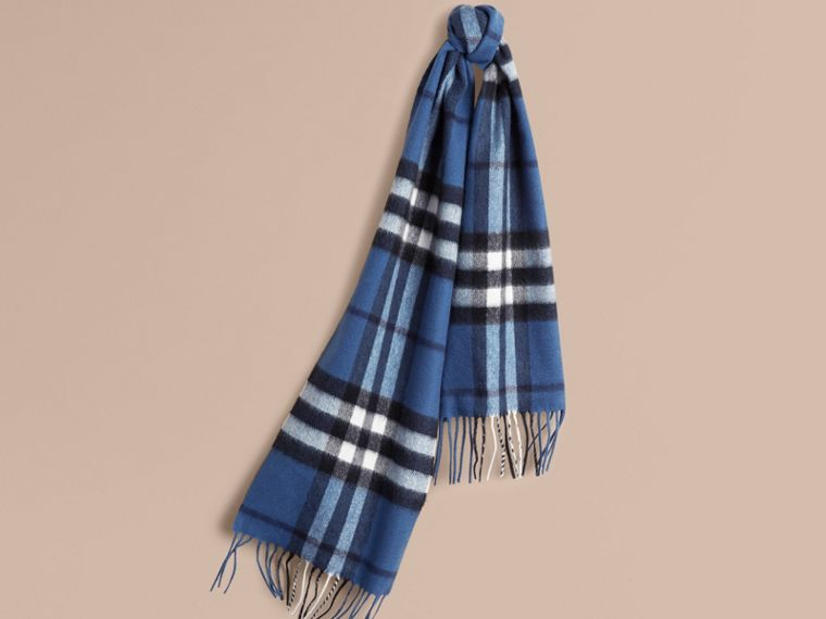 Cadet blue The Mini Classic Cashmere Scarf in Check Cadet Blue - cell image 4