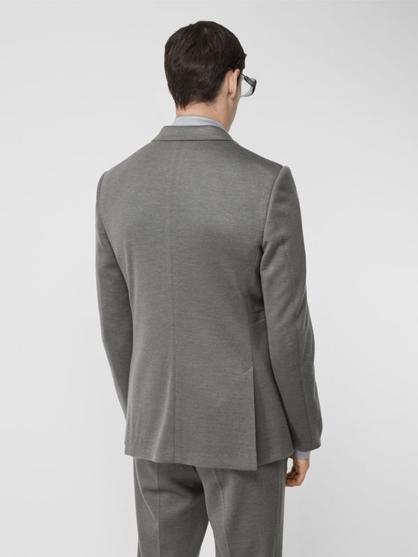 English Fit Cashmere Silk Jersey Tailored Jacket in Cloud Grey | Burberry United Kingdom - cell image 2