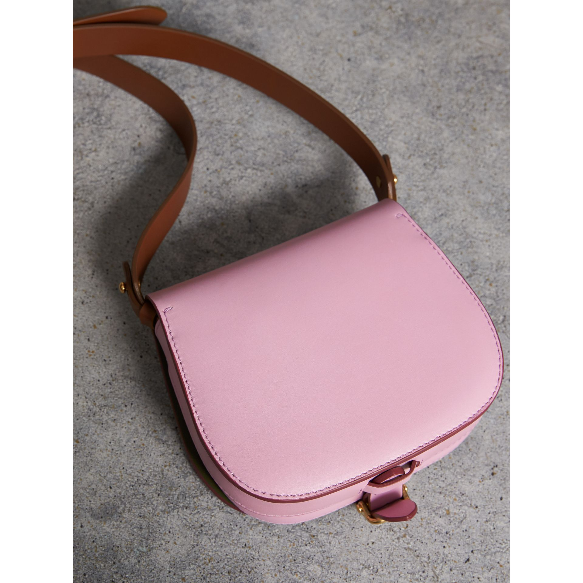The Satchel in pelle (Lavanda Pallido) - Donna | Burberry - immagine della galleria 3