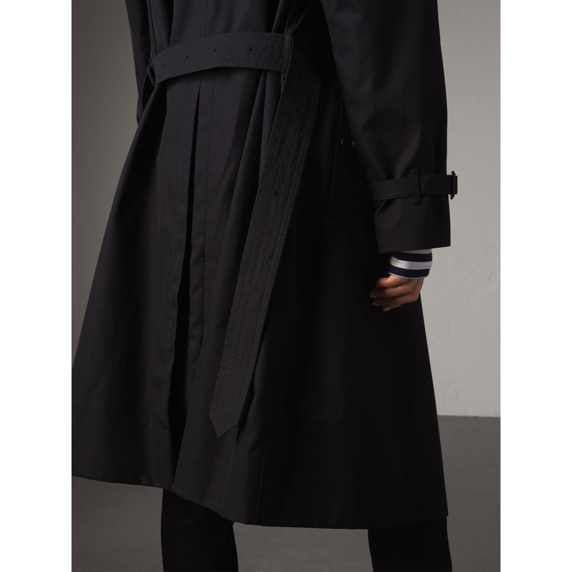 Extra-long Resin Button Cotton Gabardine Trench Coat in Navy - Men | Burberry Australia - gallery image 5