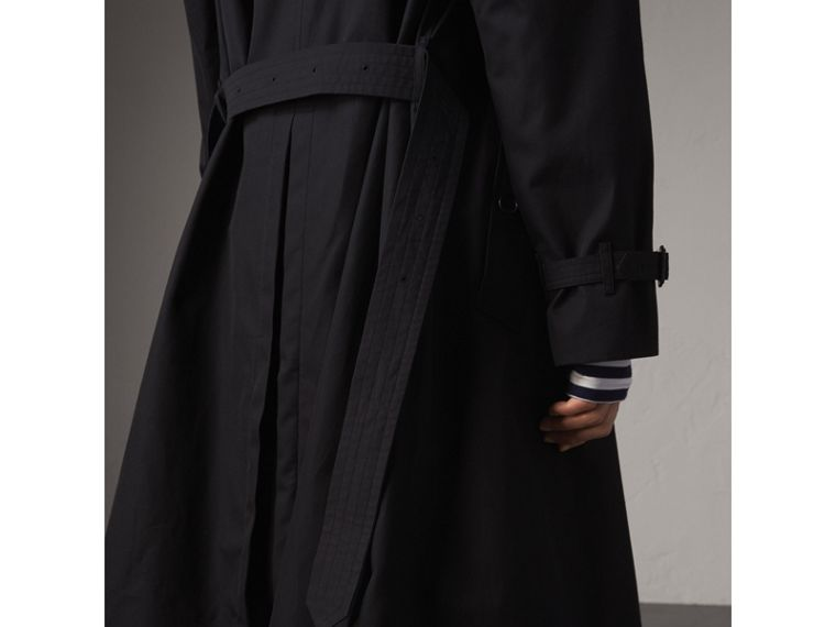 Extra-long Resin Button Cotton Gabardine Trench Coat in Navy - Men | Burberry Australia - cell image 4