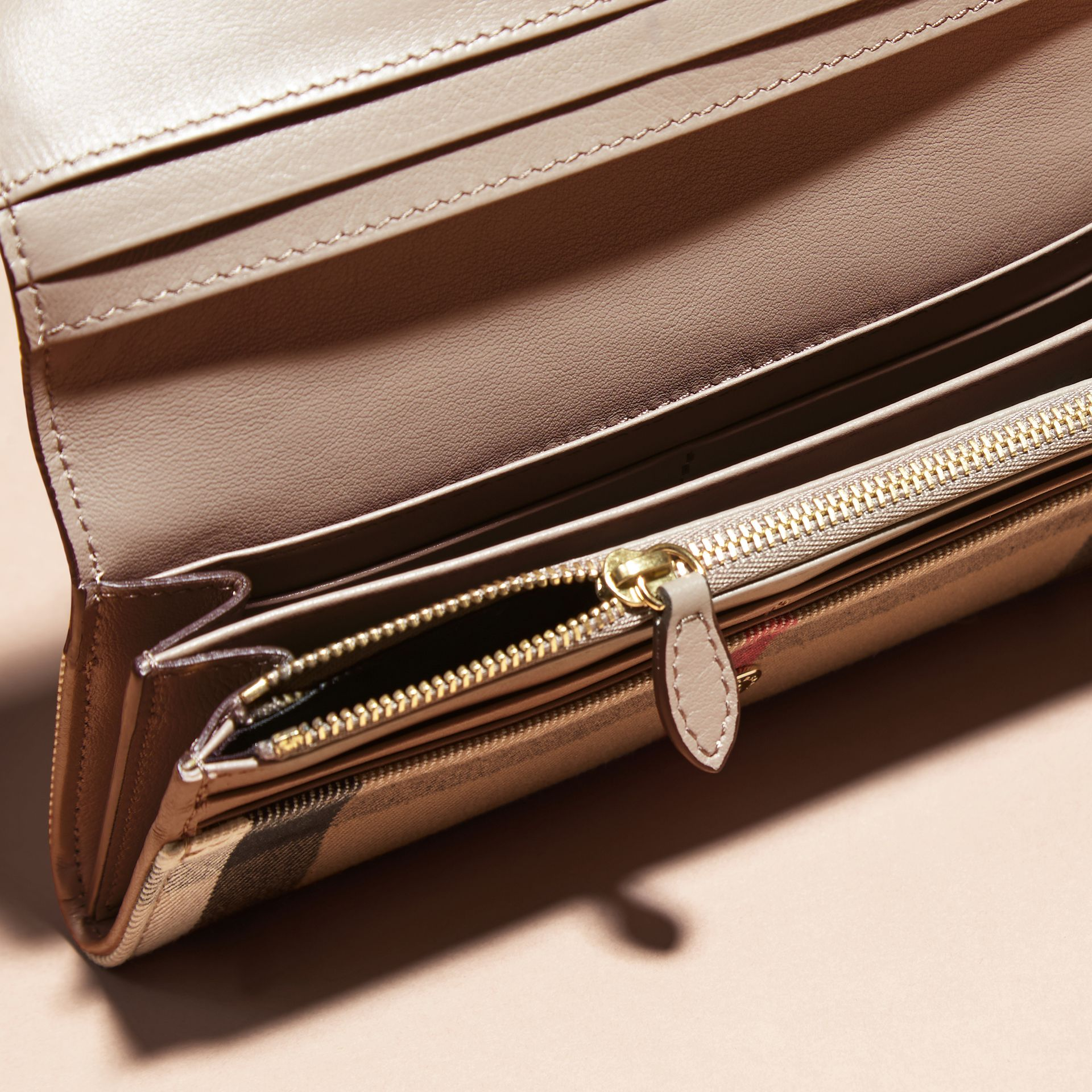 House Check And Leather Continental Wallet in Pale Orchid - Women | Burberry - gallery image 4