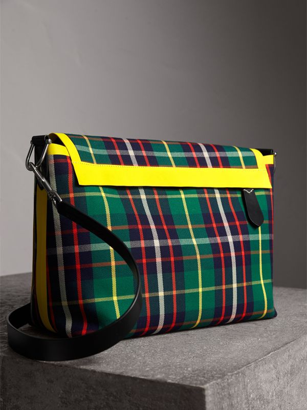Large Tartan Cotton Messenger Bag in Forest Green | Burberry - cell image 3