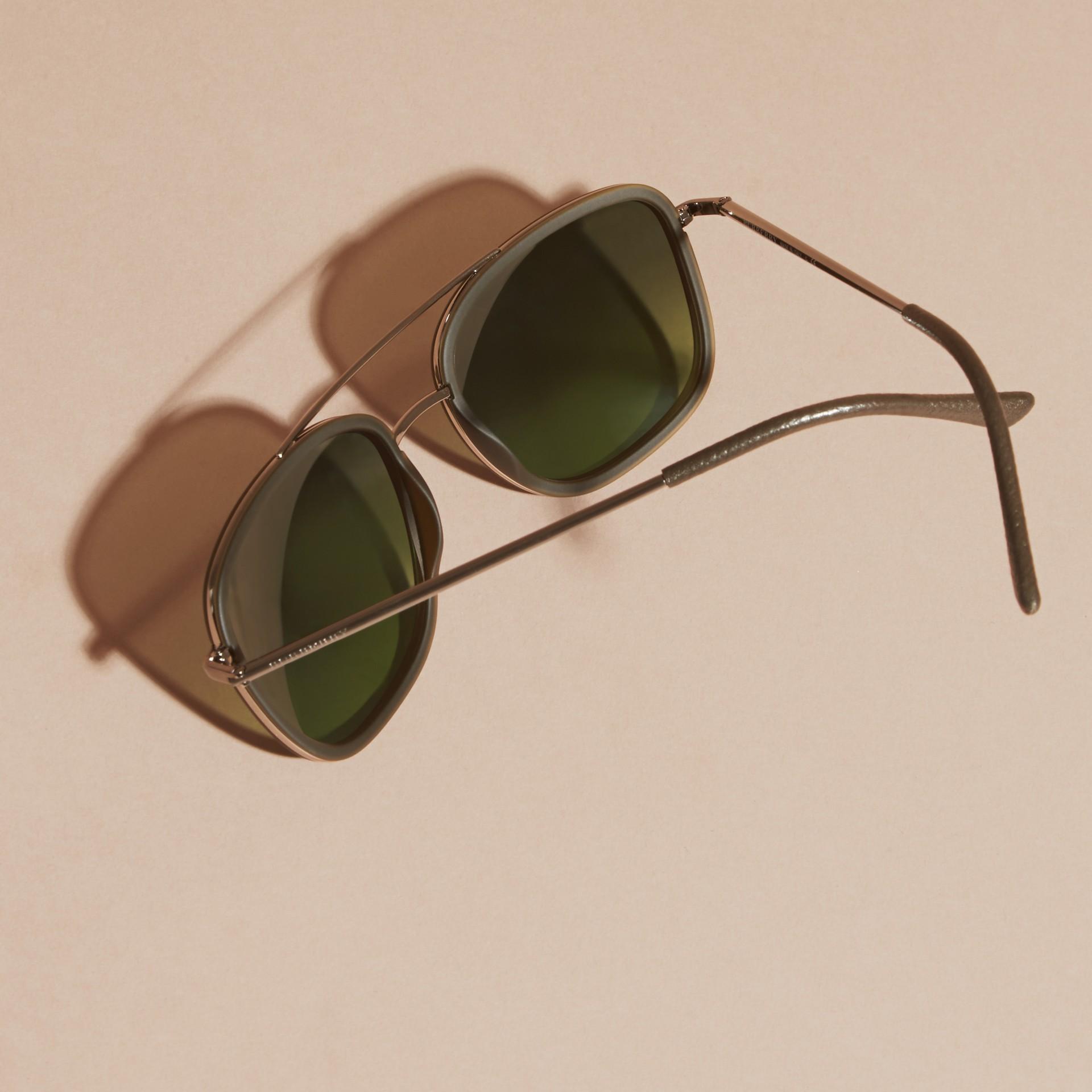 Grigio Occhiali da sole con montatura squadrata in acetato e pelle Grigio - immagine della galleria 5