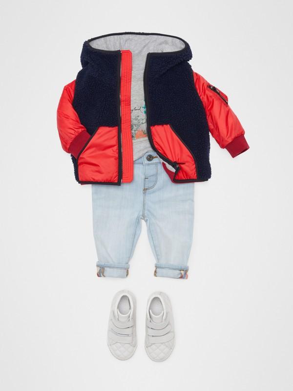 Jean skinny en denim extensible (Bleu Clair) - Enfant | Burberry - cell image 2