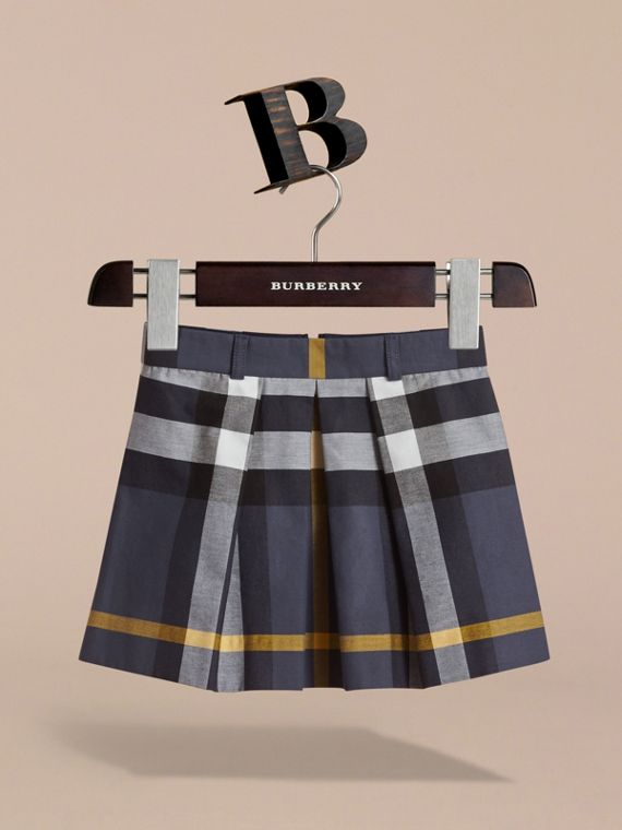 Pleated Check Cotton Skirt in Pale Navy - Girl | Burberry - cell image 2