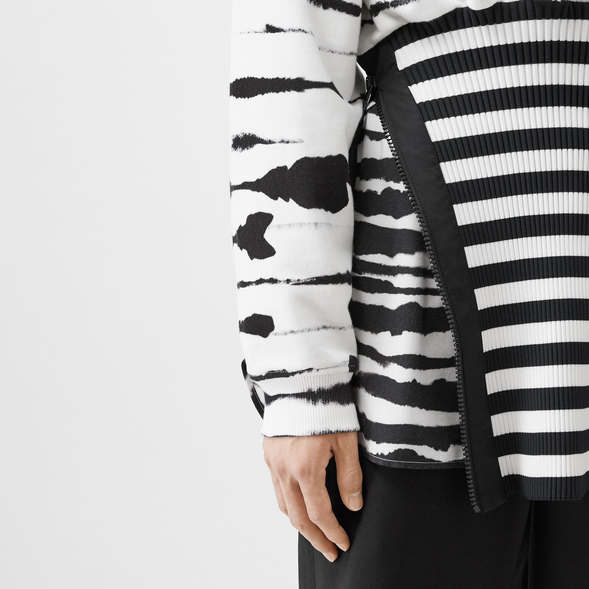 Reconstructed Watercolour Print Cotton Hoodie in Monochrome | Burberry - gallery image 5