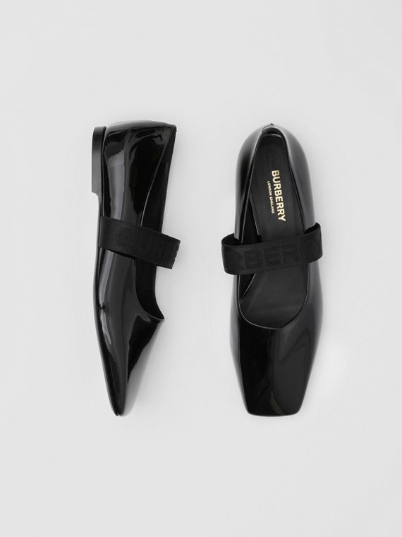 Logo Detail Patent Leather Flats in Black