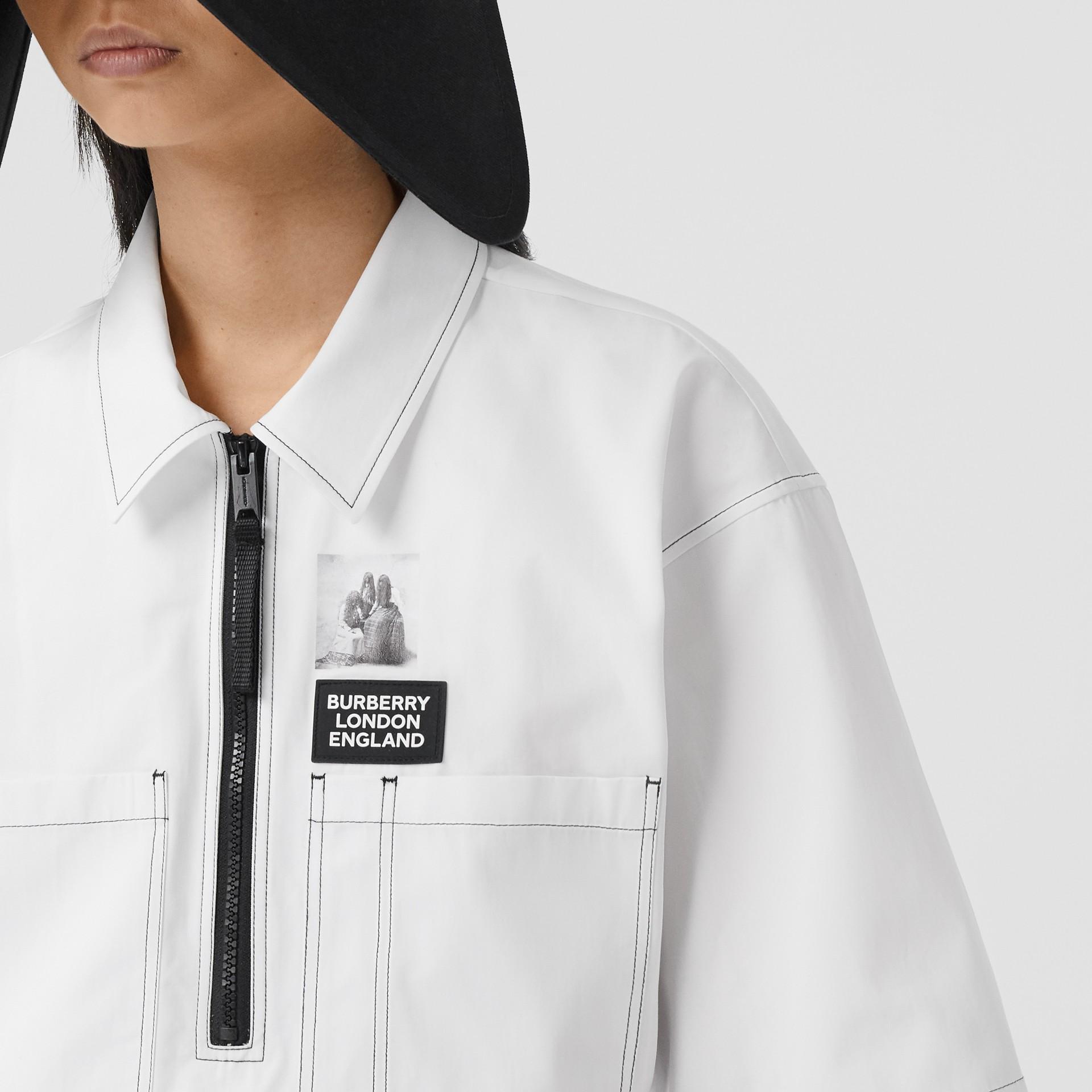 Объемная футболка с трикотажной отделкой (Оптический Белый) - Для женщин | Burberry - изображение 2