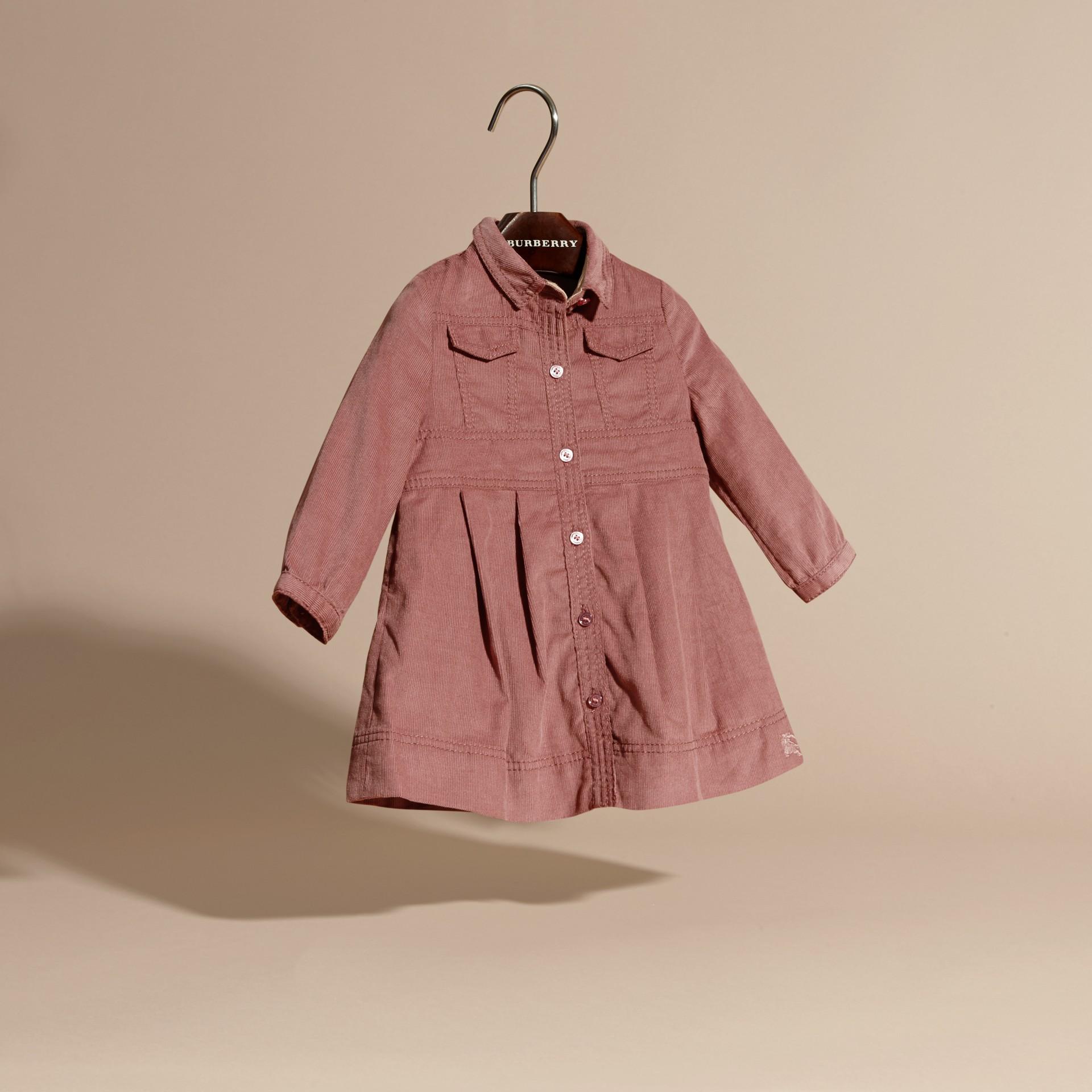 Rose cendré pâle Robe chemise en coton côtelé Rose Cendré Pâle - photo de la galerie 3