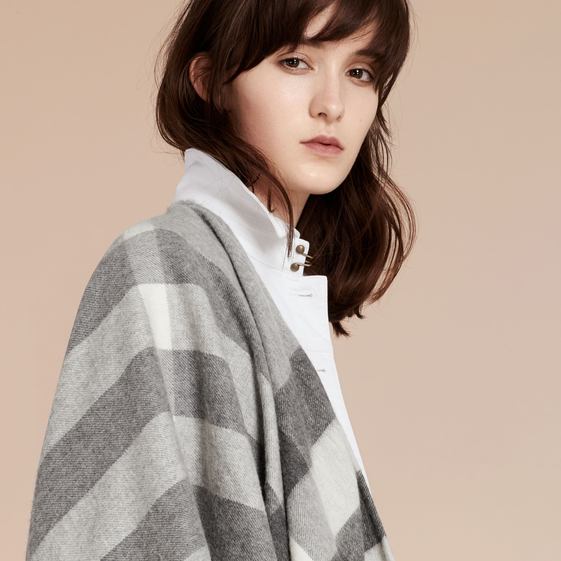 Check Cashmere and Wool Poncho in Pale Grey - Women | Burberry - gallery image 7