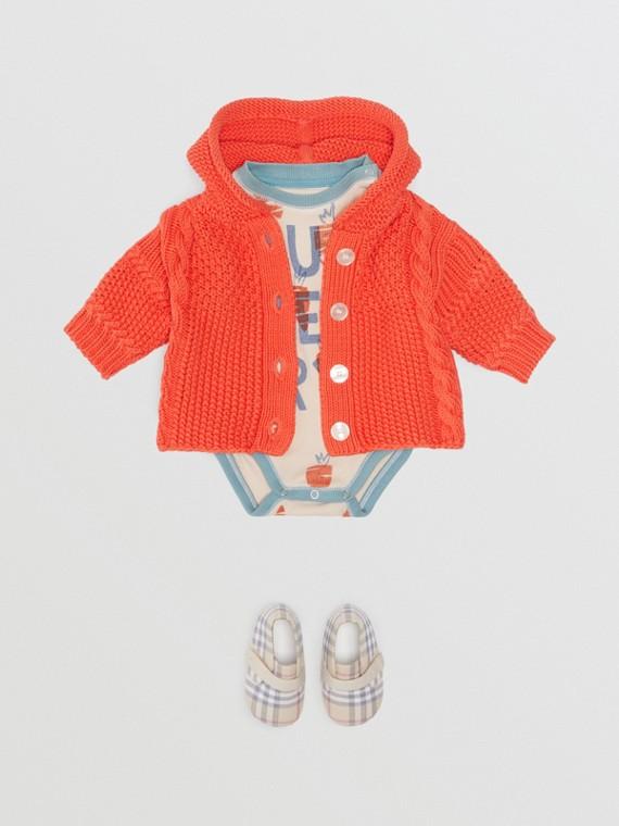 Jaqueta com capuz de algodão com texturas contrastantes (Vermelho Alaranjado)