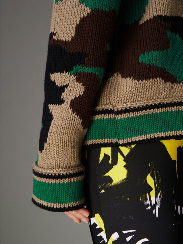 Camouflage Intarsia Cotton V-neck Sweater in Military Khaki - Women | Burberry United Kingdom - cell image 2