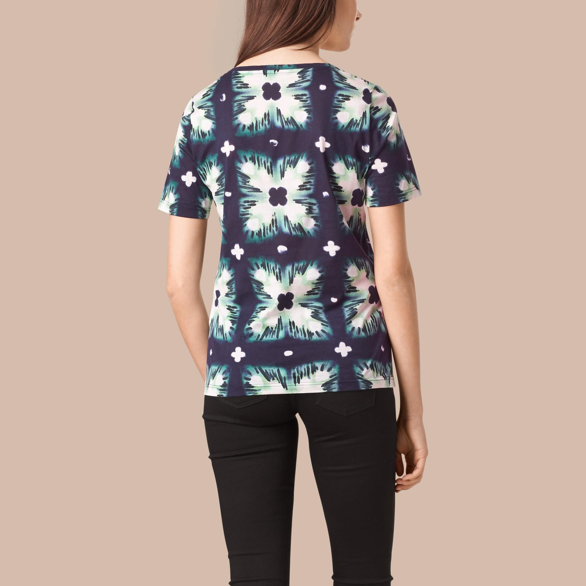 Bleu encre T-shirt en coton à imprimé tie and dye Bleu Encre - photo de la galerie 2