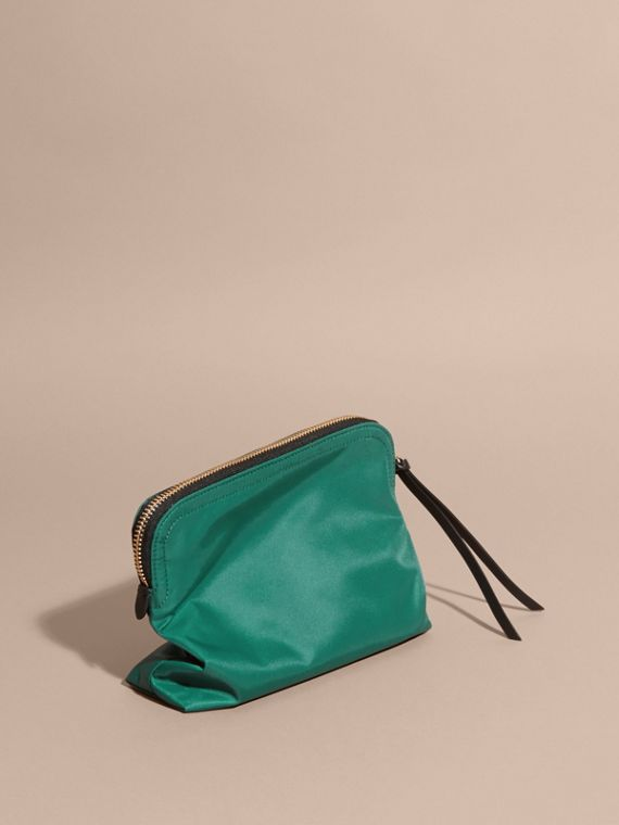 Pine green Zip-top Technical Nylon Pouch - cell image 3