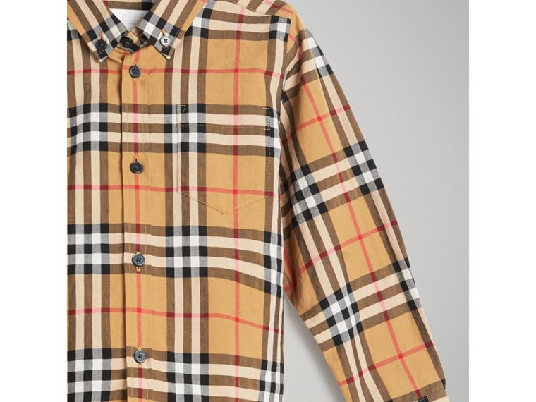 Camicia con motivo Vintage check e colletto button-down (Giallo Antico) - Bambino | Burberry - cell image 4