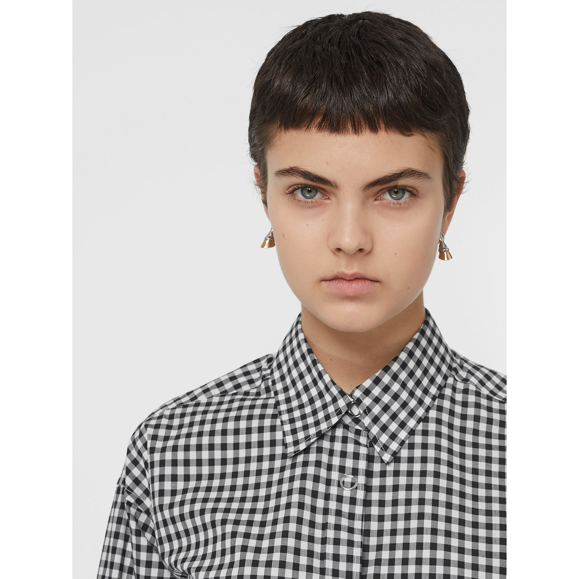Puff-sleeve Gingham Cotton Oversized Shirt in Black/white - Women | Burberry Canada - gallery image 1