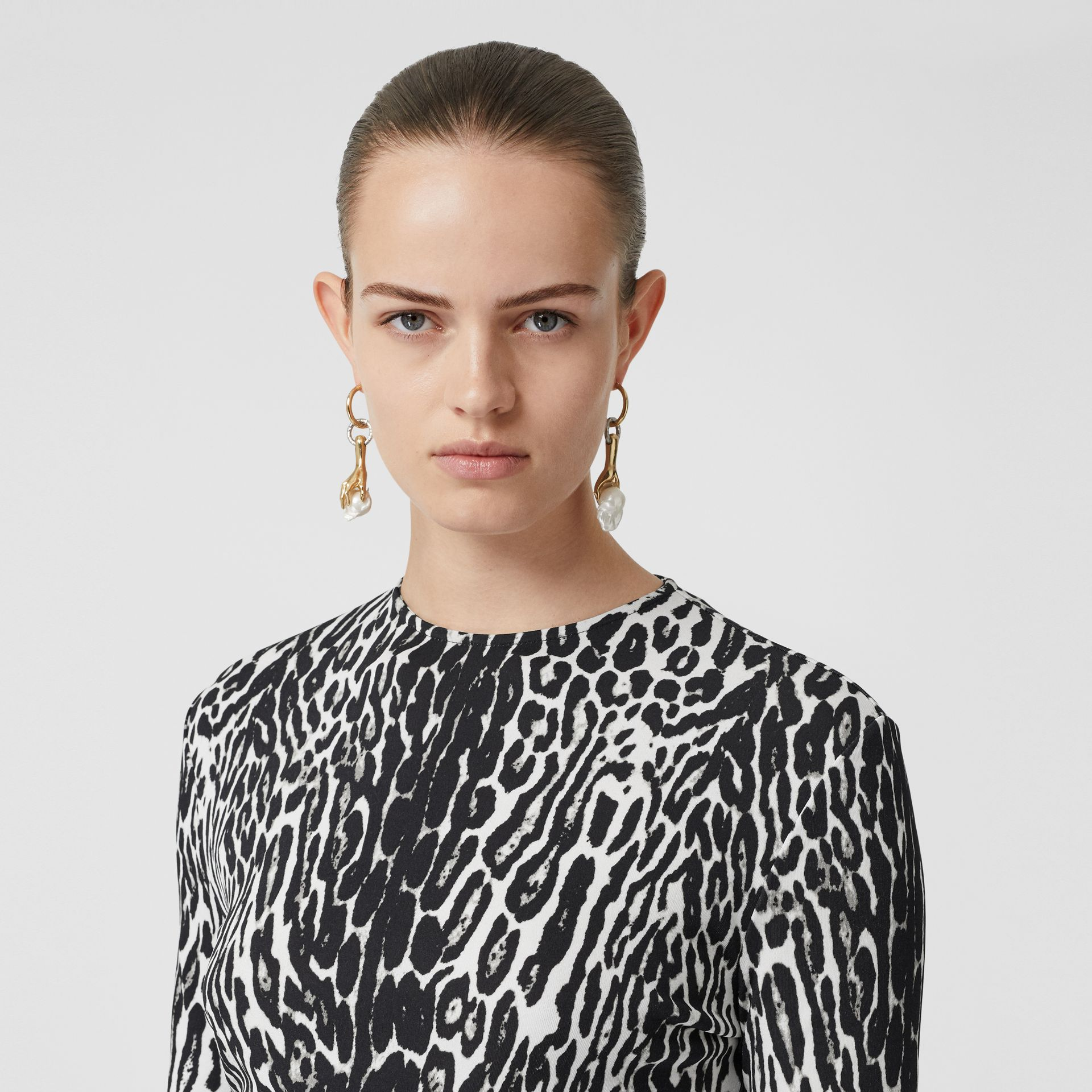 Long-sleeve Leopard Print Stretch Jersey Top in Black - Women | Burberry - gallery image 5