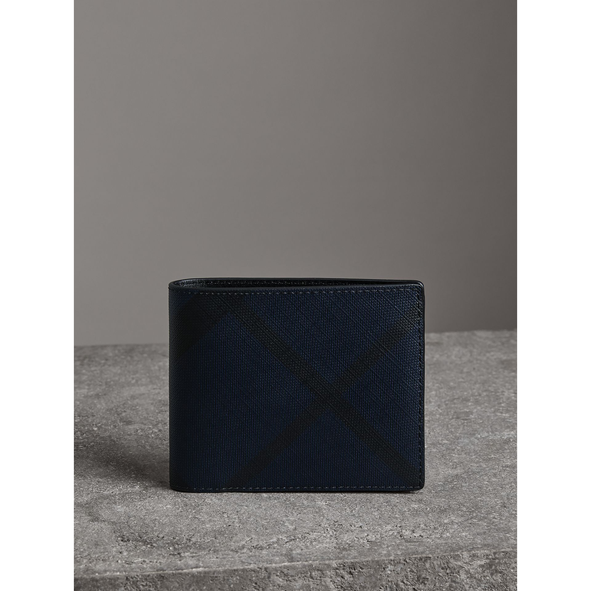 London Check Bifold Wallet with Removable Card Case in Navy/black - Men | Burberry - gallery image 4