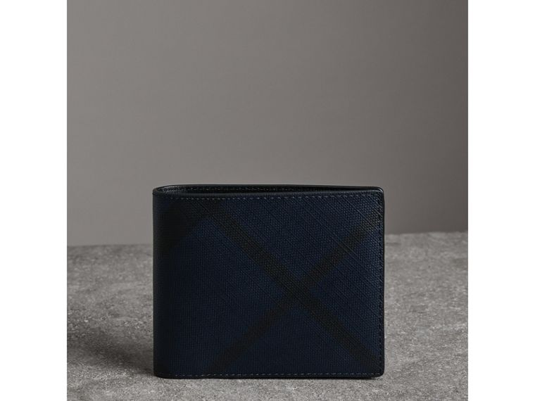 London Check Bifold Wallet with Removable Card Case in Navy/black - Men | Burberry Singapore - cell image 4