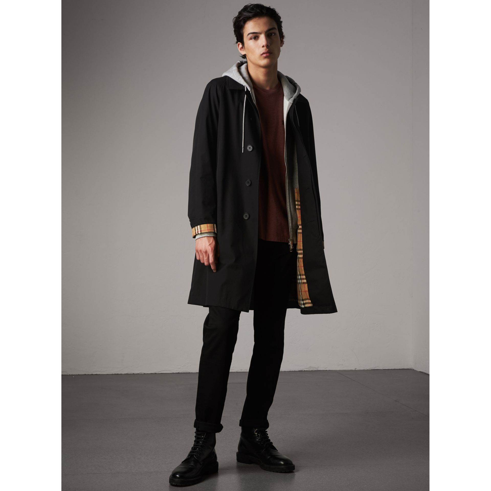 The Camden – Long Car Coat in Black - Men | Burberry - gallery image 1