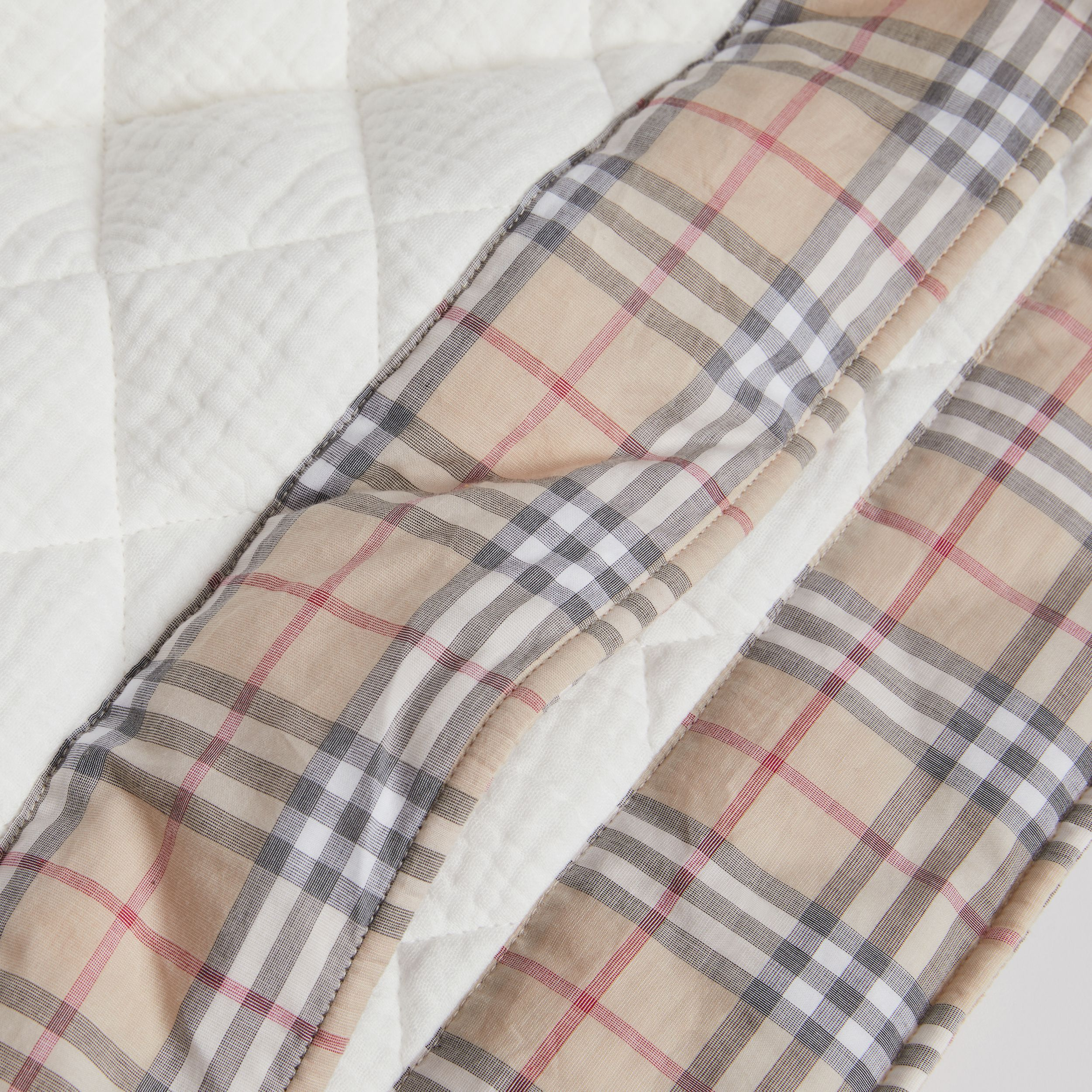 Diamond Quilted Vintage Check Cotton Baby Blanket in White - Children | Burberry - 2