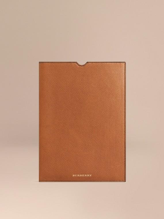 Custodia per iPad in pelle a grana Marroncino