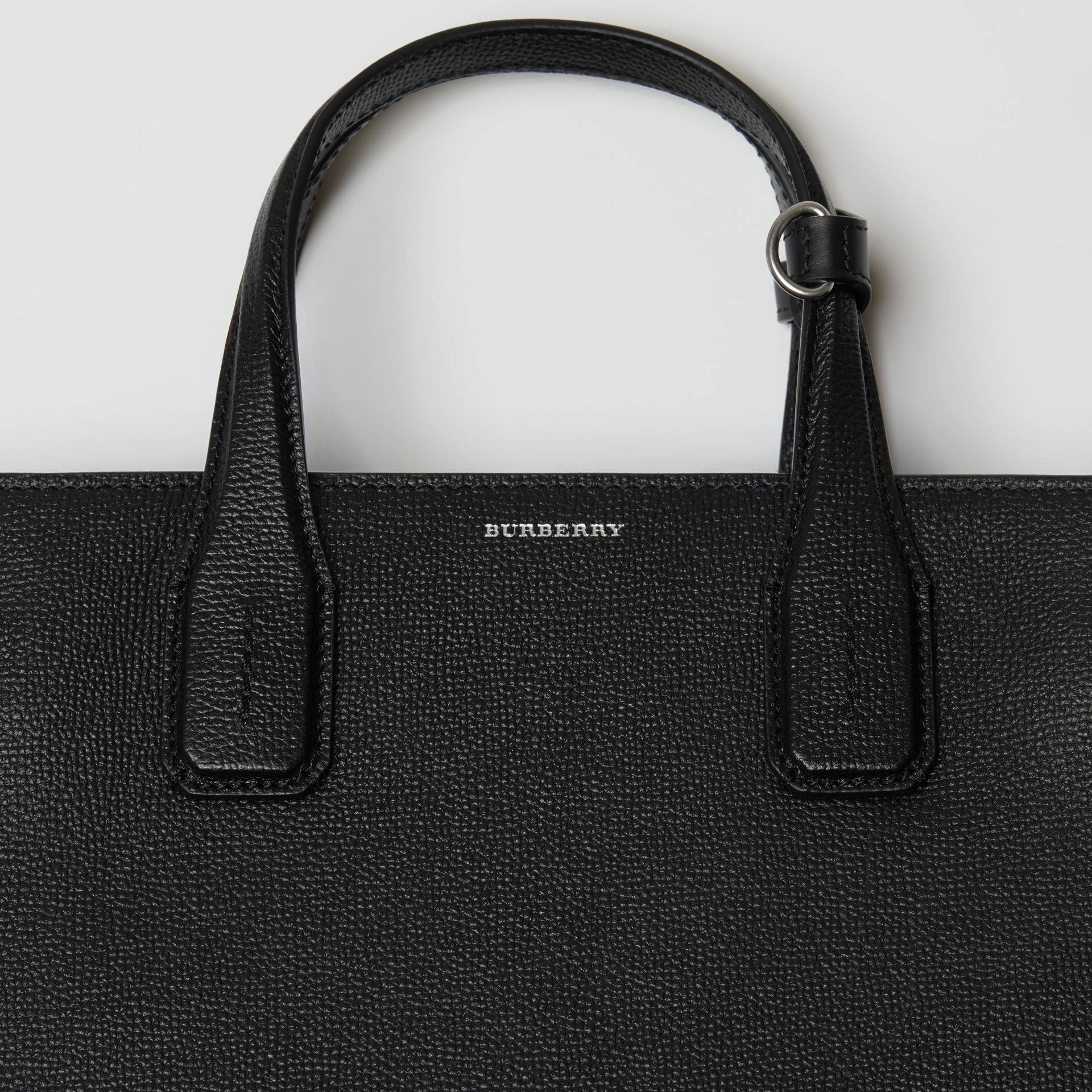 The Medium Banner in Leather with Grommeted Strap in Black - Women | Burberry United Kingdom - gallery image 1