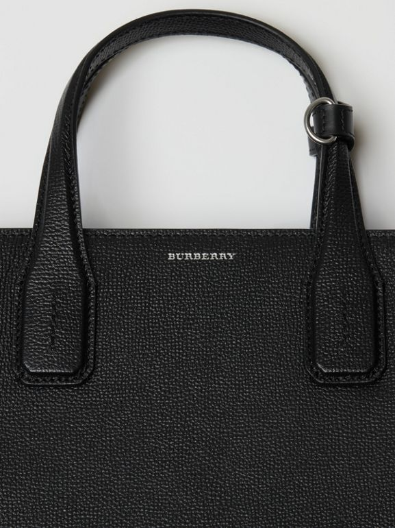 The Medium Banner in Leather with Grommeted Strap in Black - Women | Burberry Australia - cell image 1