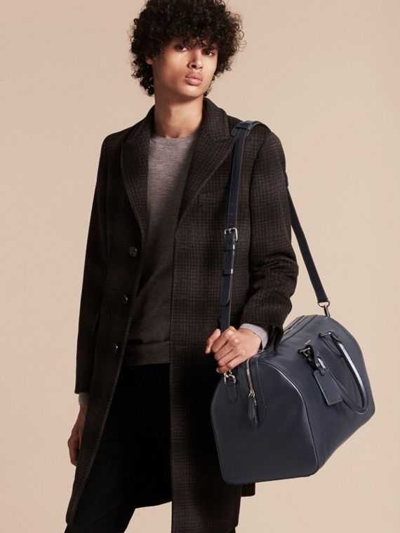 London Leather Holdall in Dark Navy - Men | Burberry - cell image 3