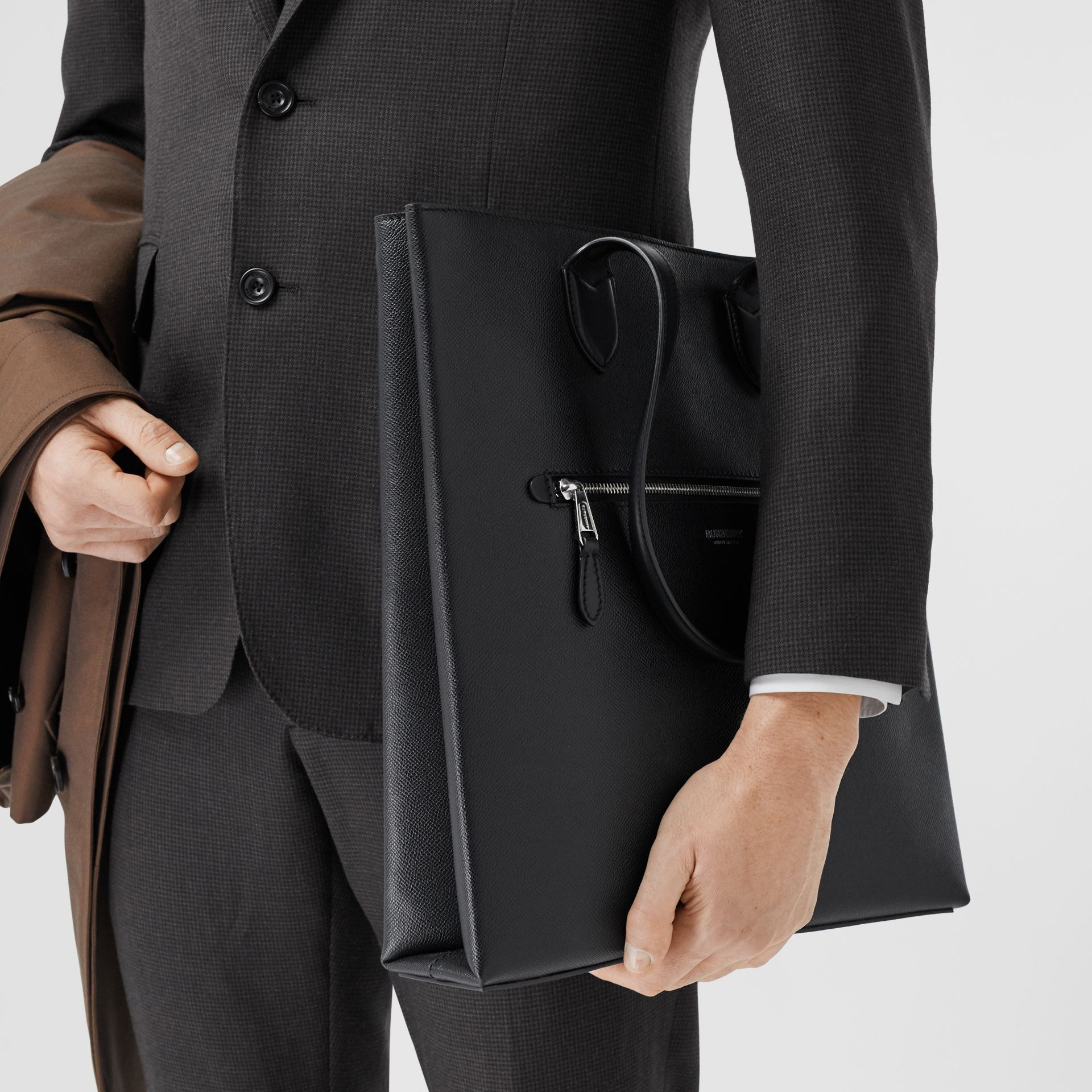 Medium Grainy Leather Tote in Black - Men | Burberry - gallery image 2