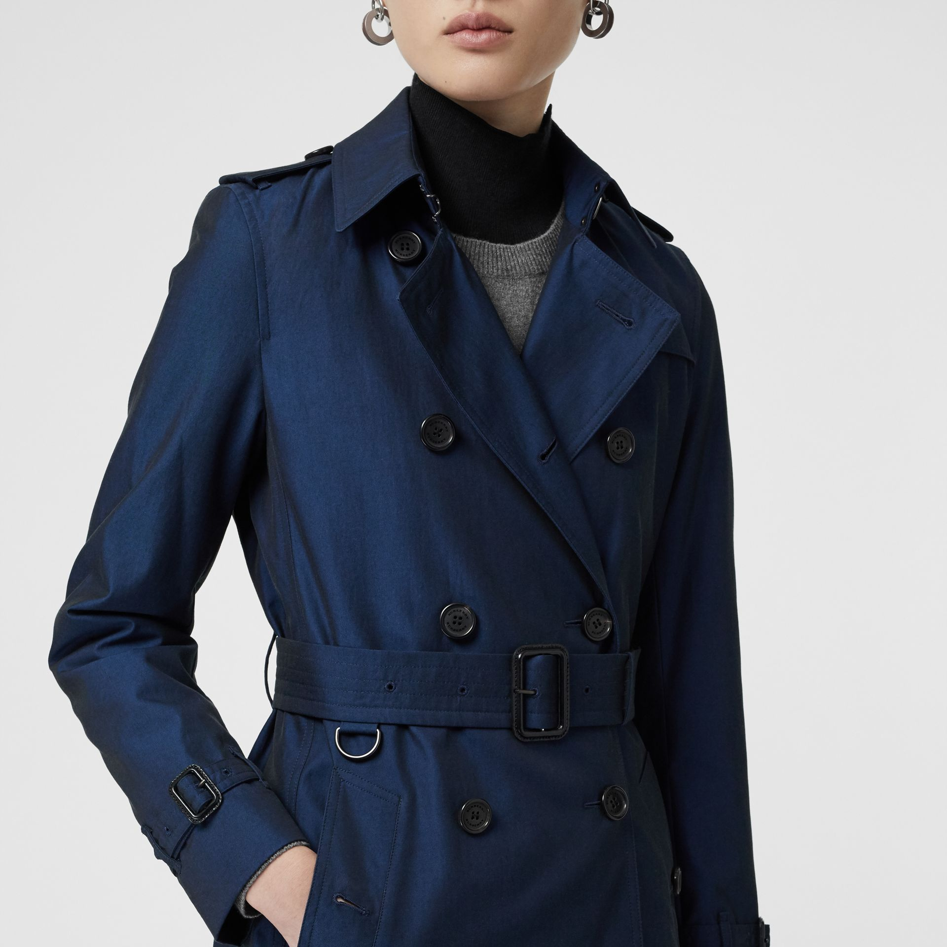 Kensington Fit Tropical Gabardine Trench Coat in Bright Regency Blue - Women | Burberry United Kingdom - gallery image 1