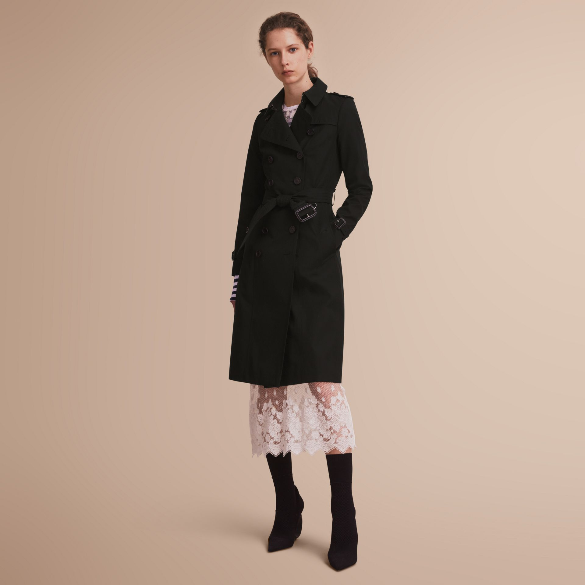 The Chelsea – Trench Heritage extra-long (Noir) - Femme | Burberry - photo de la galerie 1