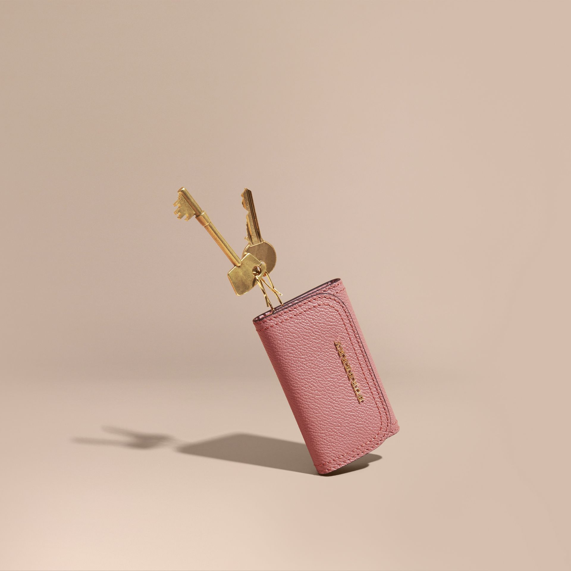 Grainy Leather Key Holder in Dusty Pink - Women | Burberry - gallery image 0