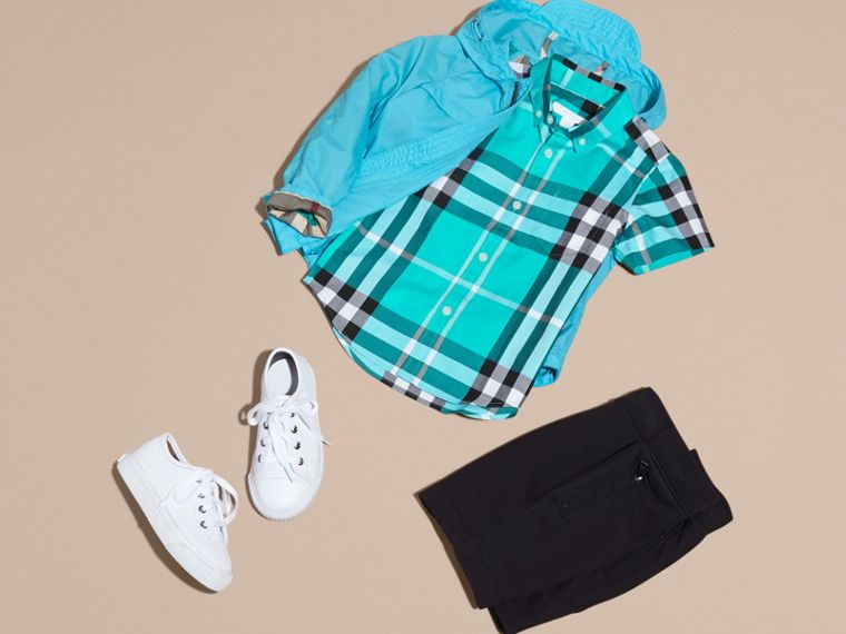 Short-sleeve Check Cotton Twill Shirt in Cyan Green - Boy | Burberry - cell image 4