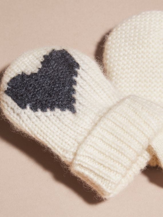 Charcoal Heart Intarsia Cashmere Mittens Charcoal - cell image 2
