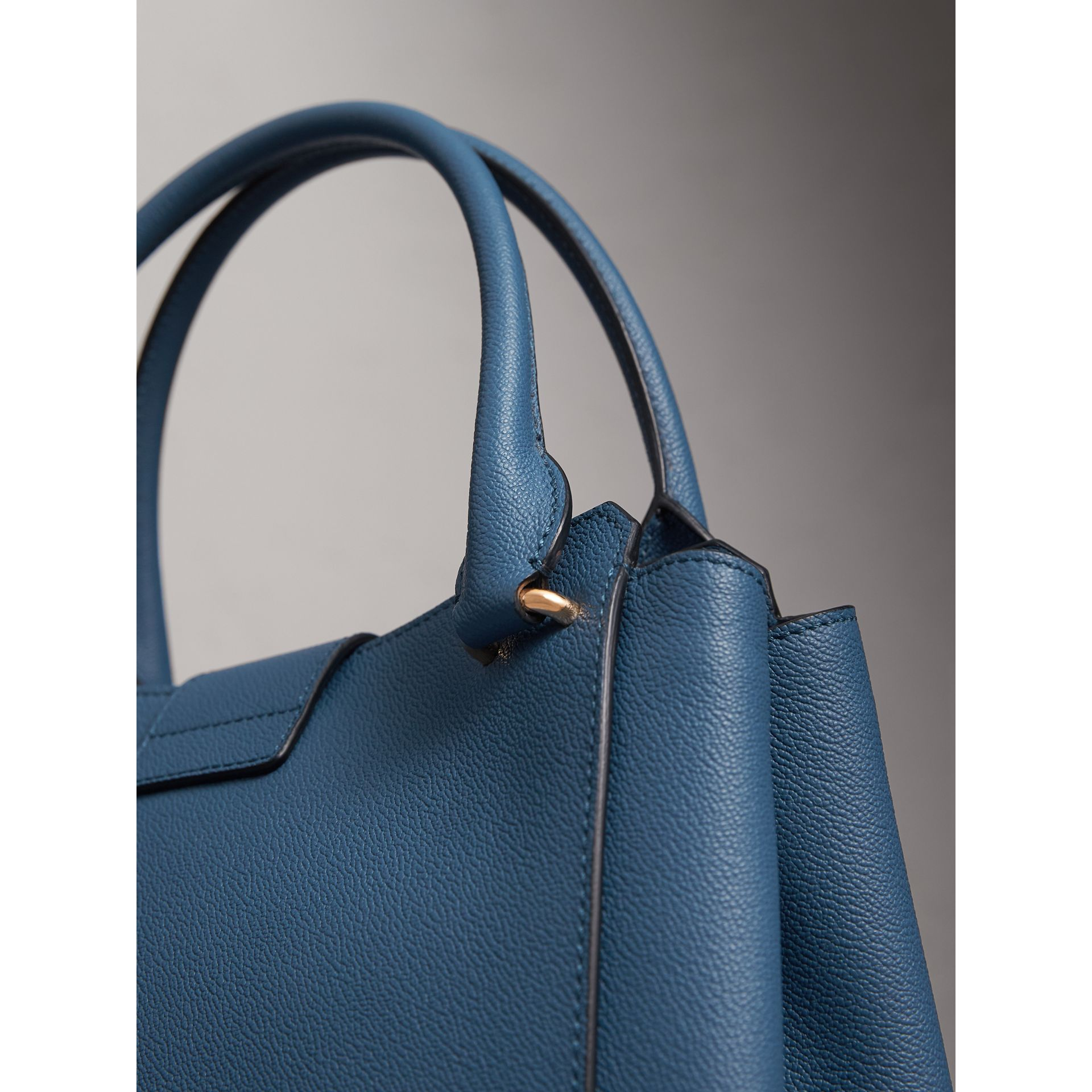 The Medium Buckle Tote in Grainy Leather in Steel Blue - Women | Burberry - gallery image 7