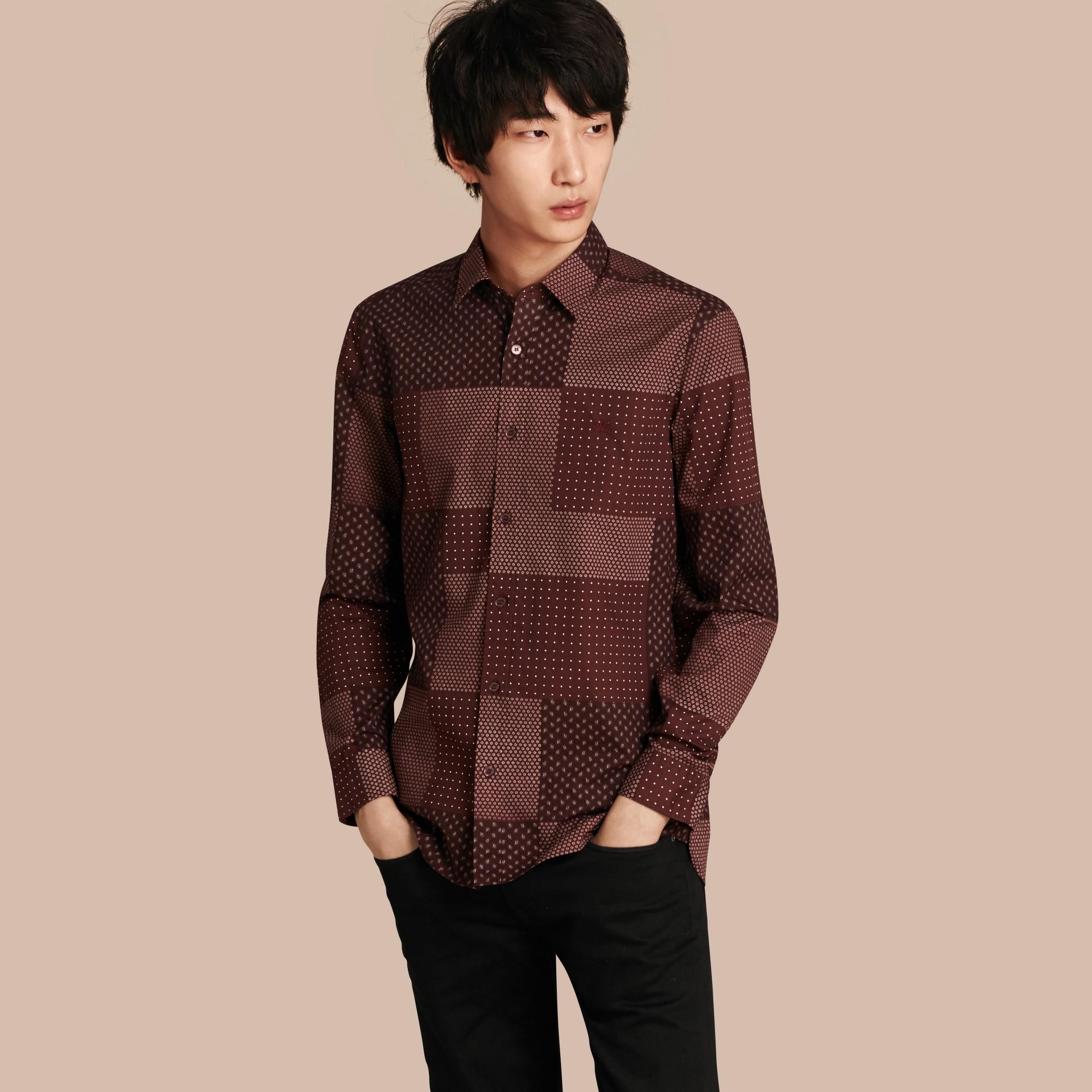 Sambuco scuro Camicia in cotone con stampa patchwork Sambuco Scuro - immagine della galleria 1