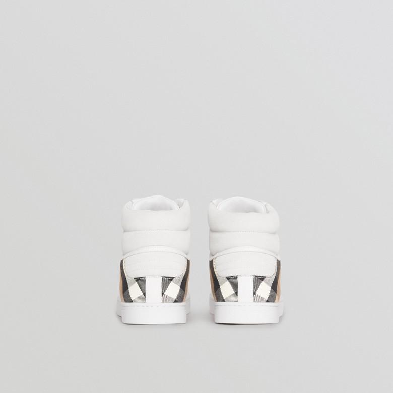 Burberry - Sneakers montantes en cuir et tissu House check - 5
