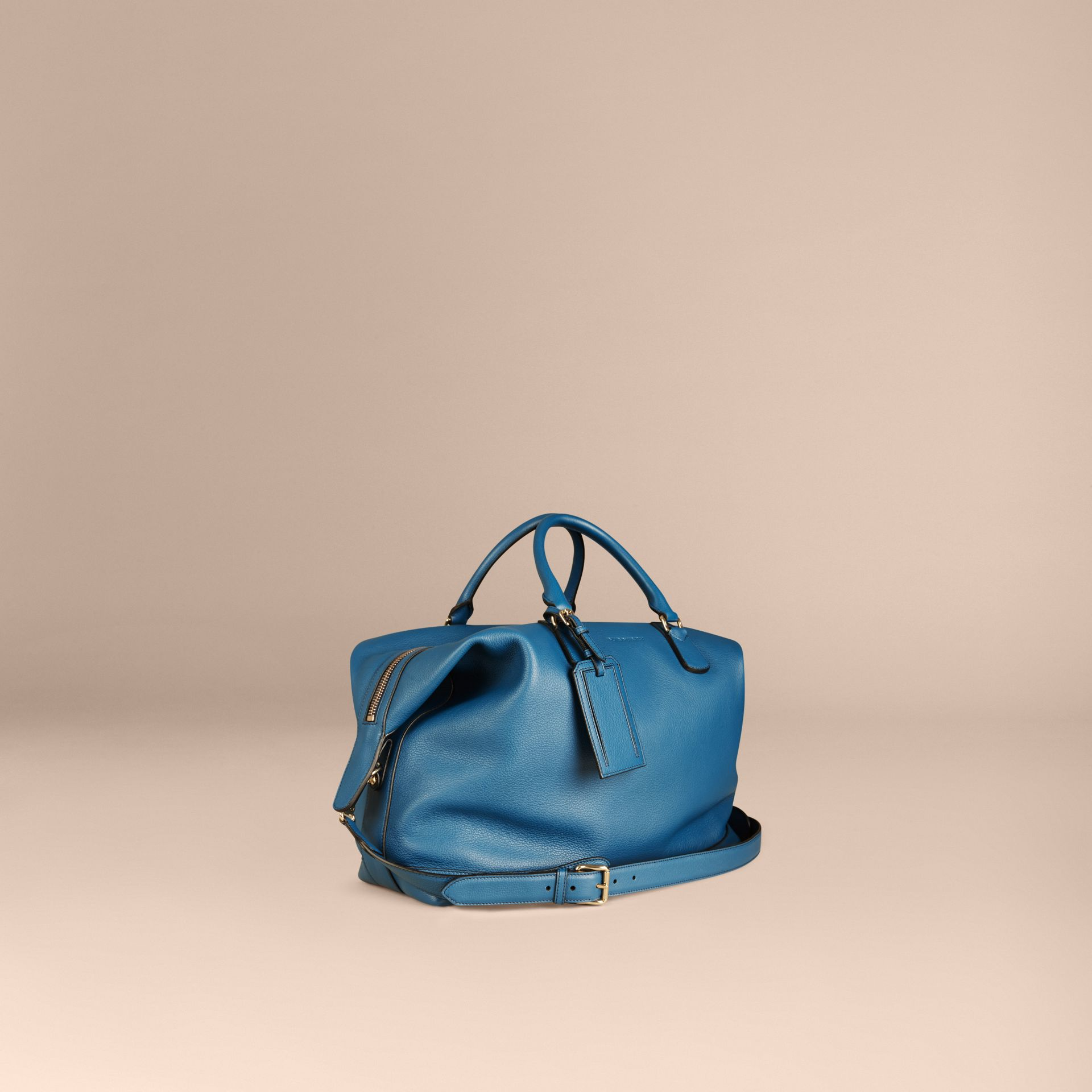 Mineral blue Grainy Leather Holdall Mineral Blue - gallery image 6