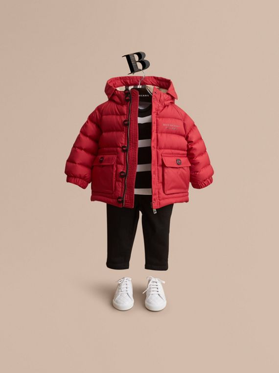 Shower-resistant Hooded Puffer Jacket in Parade Red | Burberry