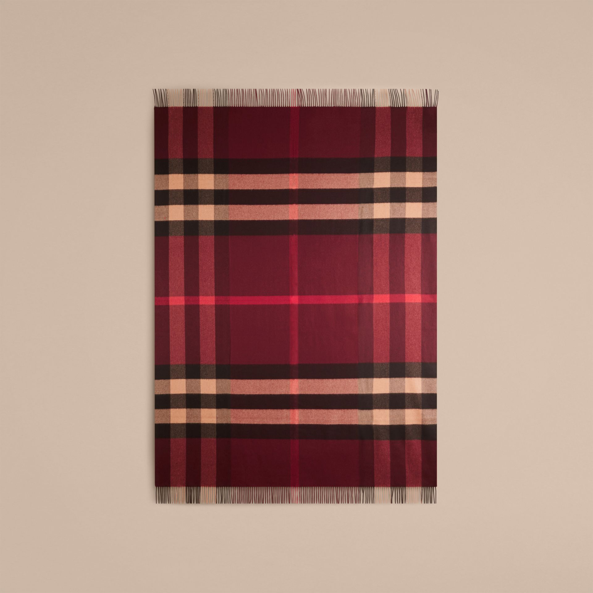 Check Cashmere Blanket in Claret | Burberry United Kingdom - gallery image 2