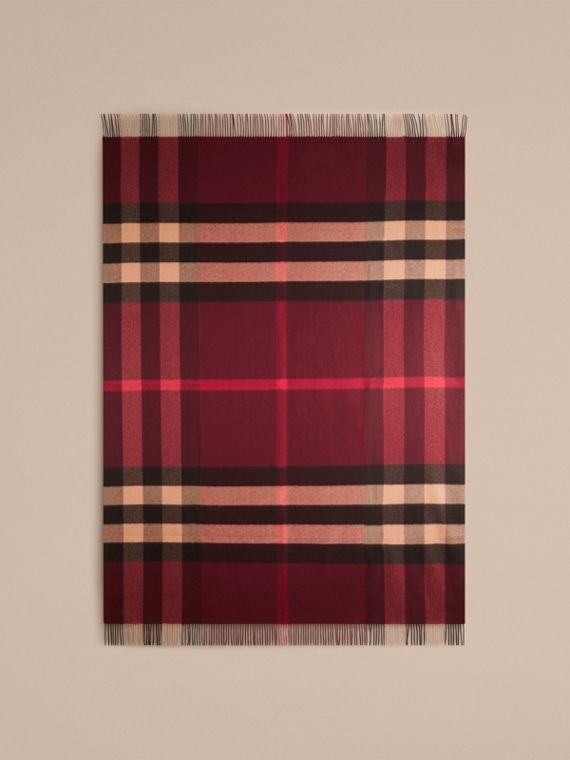 Check Cashmere Blanket in Claret | Burberry United Kingdom - cell image 2