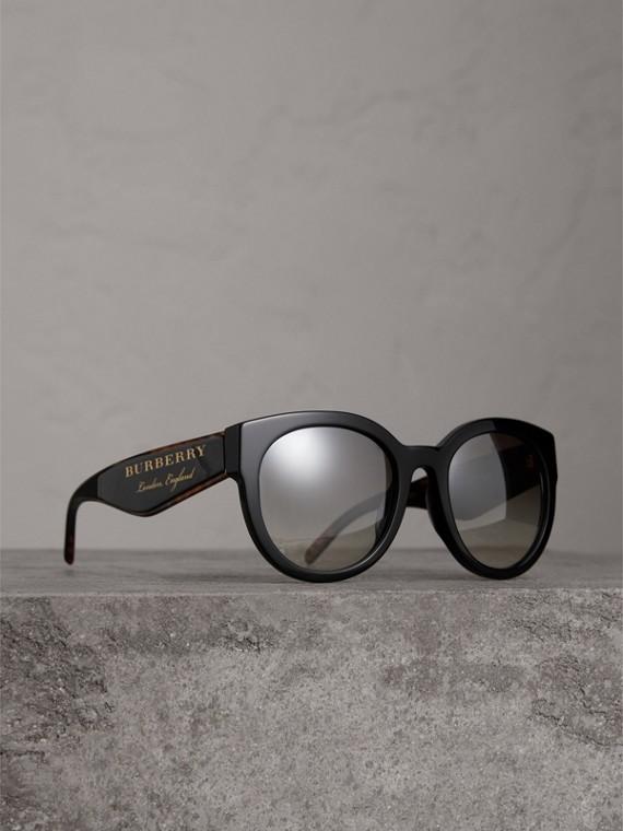 Sonnenbrille mit rundem Gestell (Schwarz)