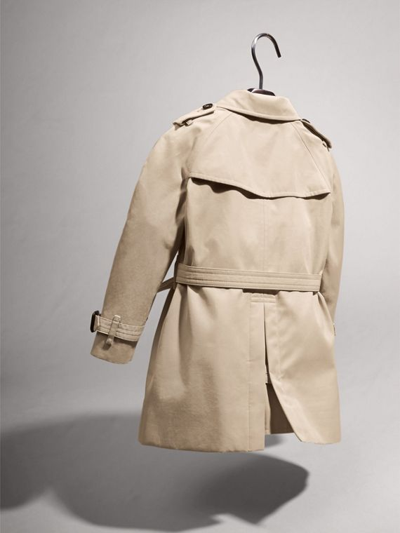The Wiltshire – Heritage Trench Coat in Stone | Burberry Australia - cell image 3